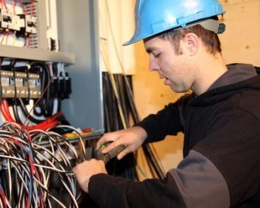 Electrical Contractor with Service